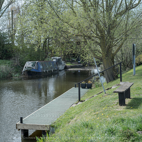 The new top gate mooring stage at Marmont Priory.